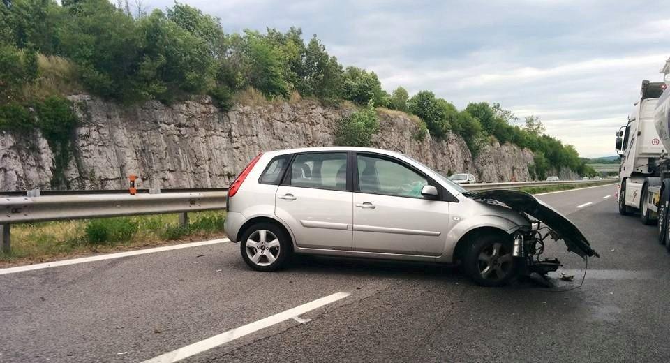 Incidente sullo svincolo autostradale in direzione venezia for Mobilia trieste piazza sansovino