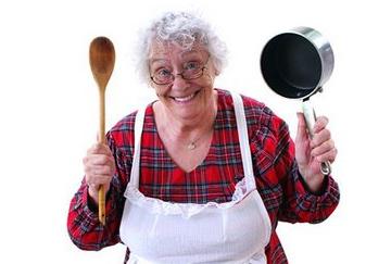 A scuola di cucina con le nonne triestine alla - Nonne in cucina ...