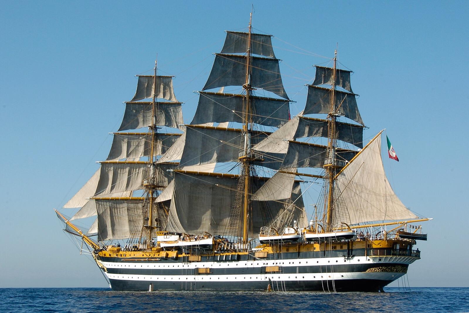 Torna a Trieste l'Amerigo Vespucci - Trieste All News
