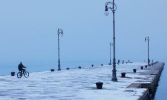 In arrivo Bora forte e nevicate sul Carso che potrebbero interessare anche la costa