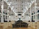 Morto Jannis Kounellis. L'artista, esponente dell'arte povera, nel 2013 aveva allestito una mostra nell'ex Pescheria centrale