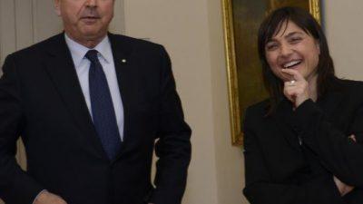 """Ferriera, Dipiazza scrive una letterina alla Serracchiani: """"La Regione procederà alla sospensione o alla revoca dell'Aia?"""""""