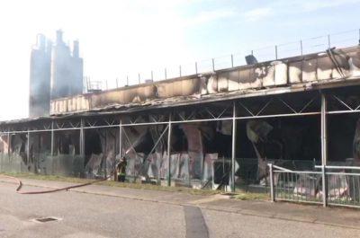 Distrutto da un incendio lo stabilimento Roncadin colosso mondiale delle pizze