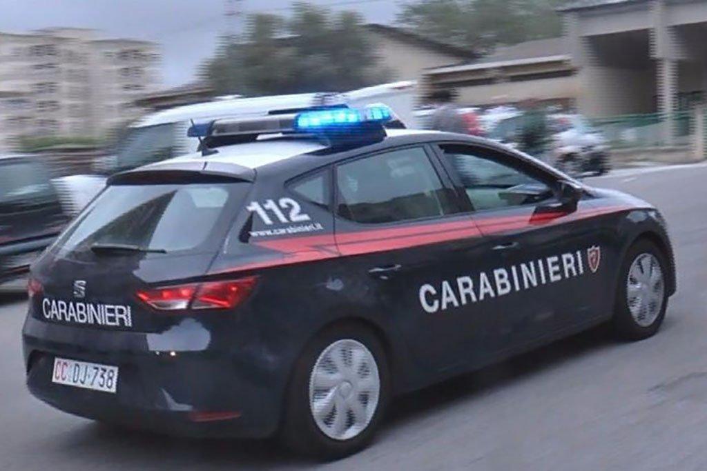 Risultati immagini per carabinieri arretso